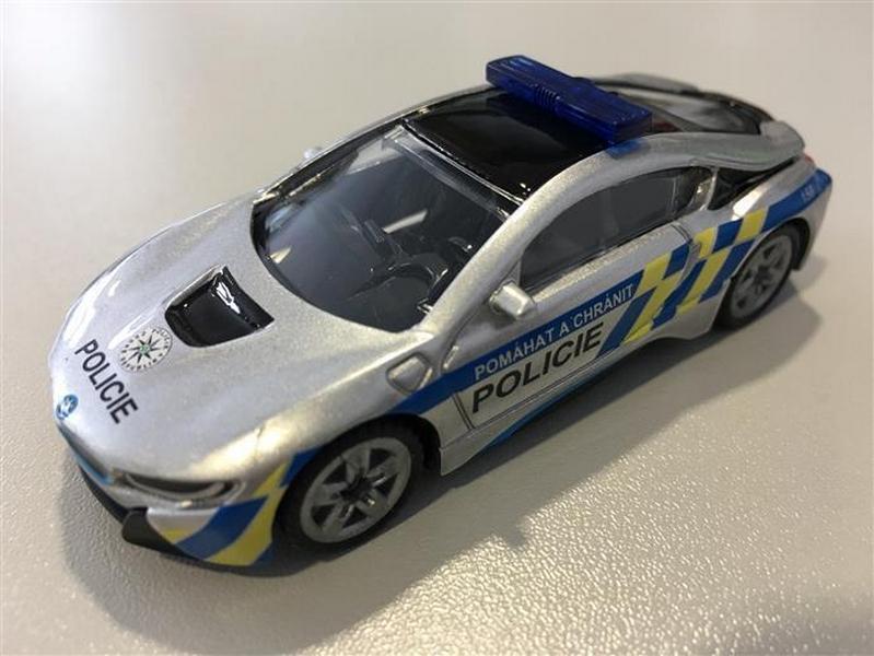 Siku blister - bmw i8 česká policie