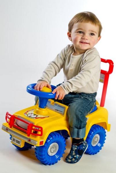 Yupee odrážedlo auto jeep